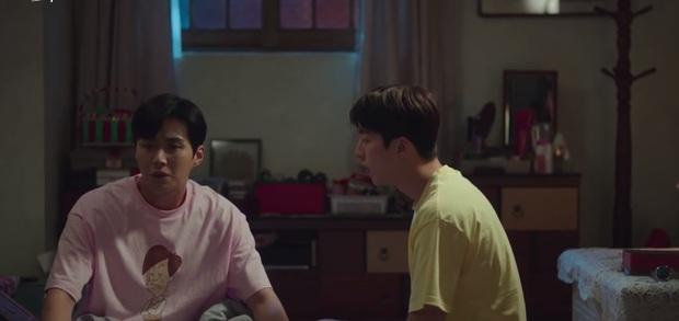 Suzy khóc cạn nước mắt vì biết bị hai trai đẹp cực phẩm lừa đau đớn ở preview Start Up tập 9 - Ảnh 3.