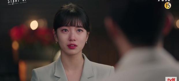 Suzy khóc cạn nước mắt vì biết bị hai trai đẹp cực phẩm lừa đau đớn ở preview Start Up tập 9 - Ảnh 6.