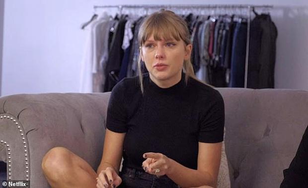 Vừa dính tin đồn kết hôn với tài tử điển trai vì đeo nhẫn ở ngón áp út, Taylor Swift bỗng nói về chuyện có con? - Ảnh 2.