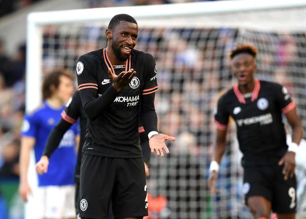 Thủ môn dự bị của Chelsea từ người hùng thành tội đồ, top 4 Ngoại hạng Anh như có ma ám - Ảnh 1.