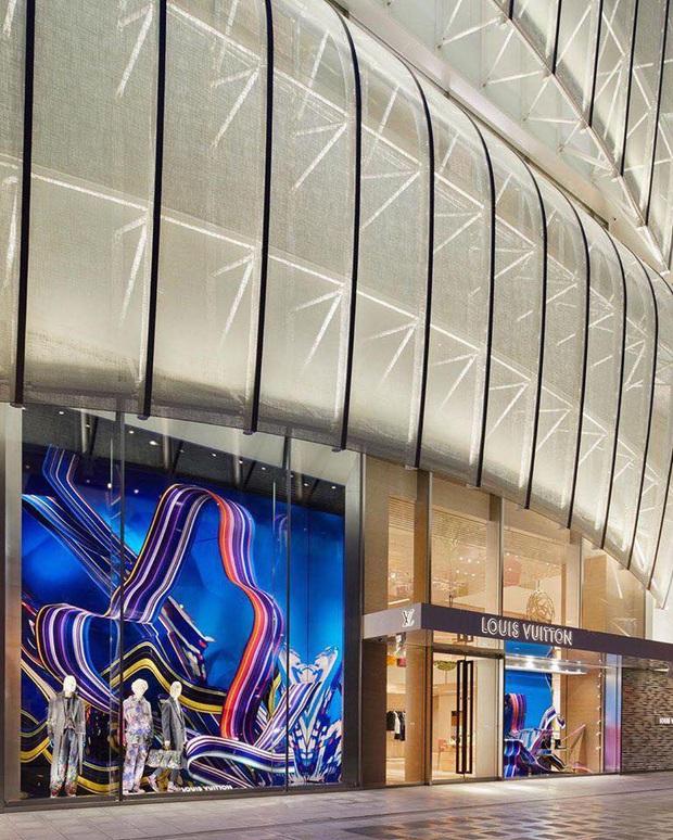Louis Vuitton mở nhà hàng và tiệm cafe đầu tiên ở Osaka (Nhật Bản) vào trưa nay nhưng lại giới hạn khách vào mỗi tối - Ảnh 6.