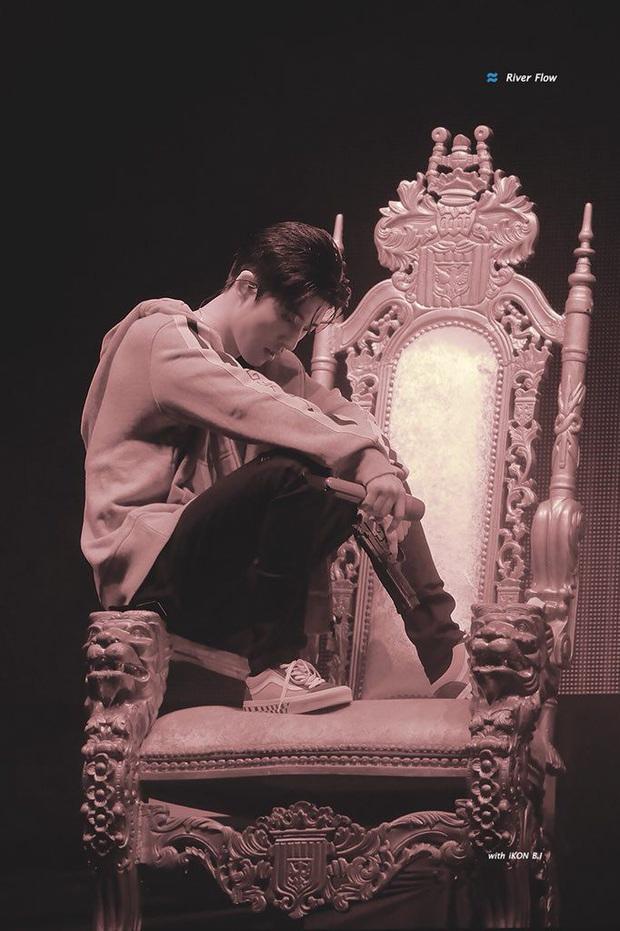 """Taeyeon và Sana (TWICE) ngồi chung 1 chiếc ghế hàng sỉ lẻ: Người khí chất làm King, người thần thái như Queen làm fan """"ship"""" rần rần! - Ảnh 8."""