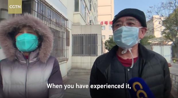 Thêm 1 đôi vợ chồng Trung Quốc nhiễm virus corona xuất viện, số bệnh nhân được chữa khỏi lên đến 243 người - Ảnh 2.