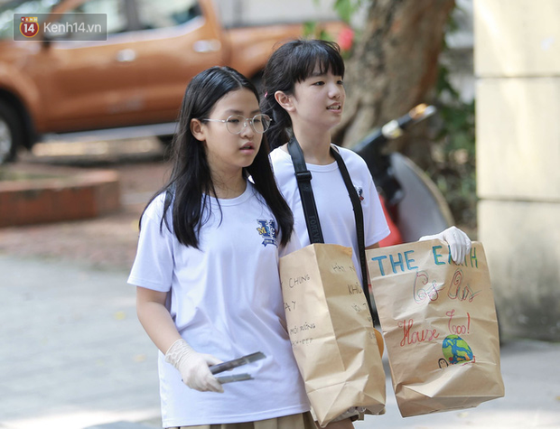 Lo lắng virus Corona, hàng trăm học sinh Hà Nội tự nghỉ học, không đến lớp - Ảnh 2.