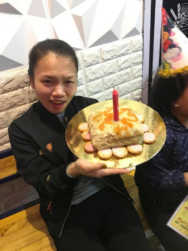"""Sinh nhật trùng Tết, cô bé khóc rưng rưng trước chiếc """"bánh kem"""" được bố tặng: Nỗi đau chỉ những ai sinh tháng 1, 2 mới hiểu! - Ảnh 6."""