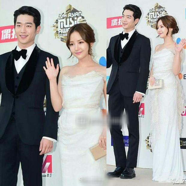 5 cặp đôi Hàn hứa hẹn gây sốt màn ảnh 2020, mong chờ nhất là lần yêu đầu của Lee Min Ho và nàng thơ Golbin - Ảnh 5.