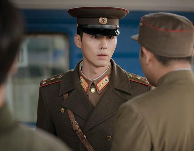 Môi trường làm việc của Son Ye Jin bao chị em cầu cũng không được: Hyun Bin vốn cực phẩm, 2 tài tử còn lại bất ngờ hơn - Ảnh 6.