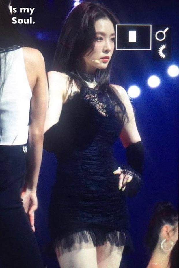 Bức ảnh chụp vội khoảnh khắc quay đầu của Irene nổi tiếng khắp Weibo: Nhan sắc đắt giá nhất nhì Kbiz là đây - Ảnh 3.