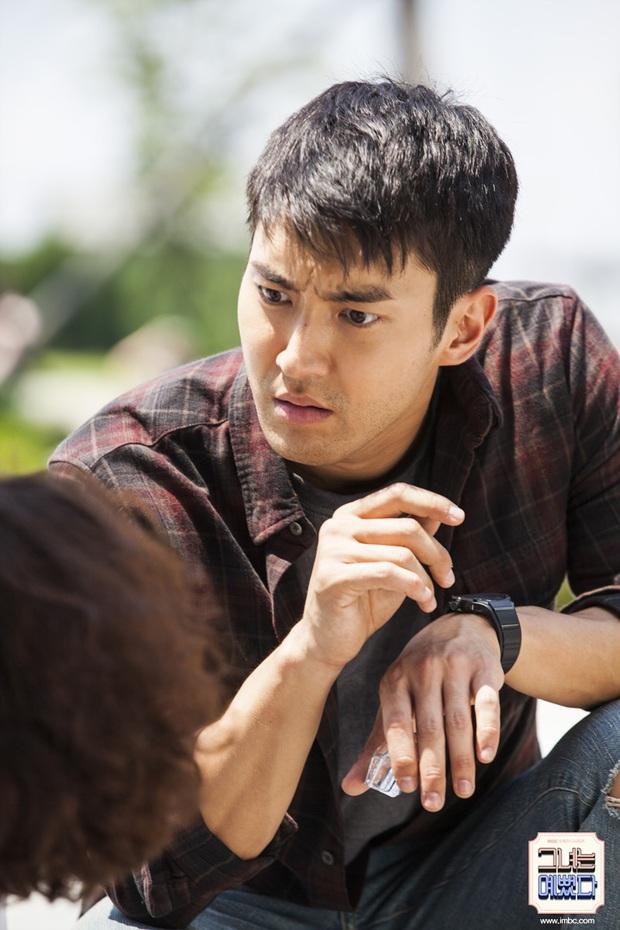 3 nam phụ tấu hài cực mạnh của phim Hàn: Giải trí nhất hiện tại đích thị là Seung Jun của Crash Landing On You! - Ảnh 6.