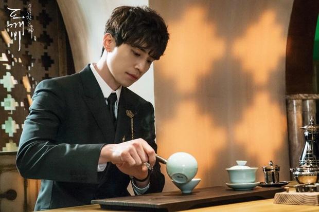 3 nam phụ tấu hài cực mạnh của phim Hàn: Giải trí nhất hiện tại đích thị là Seung Jun của Crash Landing On You! - Ảnh 8.