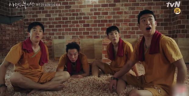 5 anh em siêu nhân Bắc Hàn diện đồ hiệu bát phố Seoul ở Crash Landing On You tập 11 - Ảnh 3.