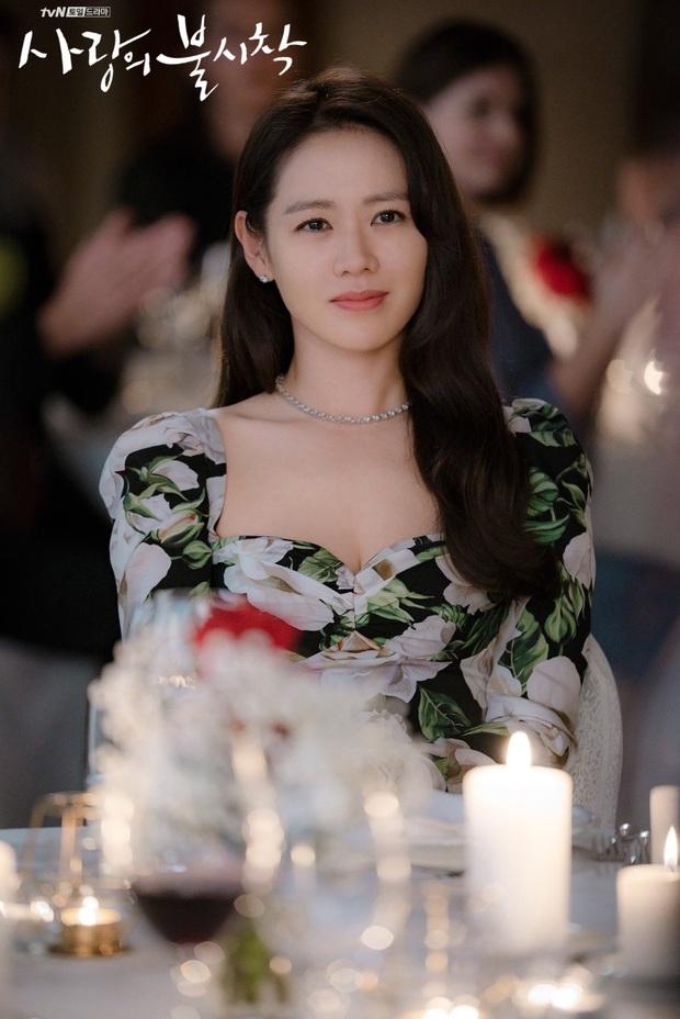 Môi trường làm việc của Son Ye Jin bao chị em cầu cũng không được: Hyun Bin vốn cực phẩm, 2 tài tử còn lại bất ngờ hơn - Ảnh 1.