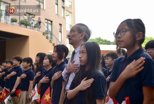 Lo lắng virus Corona, hàng trăm học sinh Hà Nội tự nghỉ học, không đến lớp - Ảnh 1.