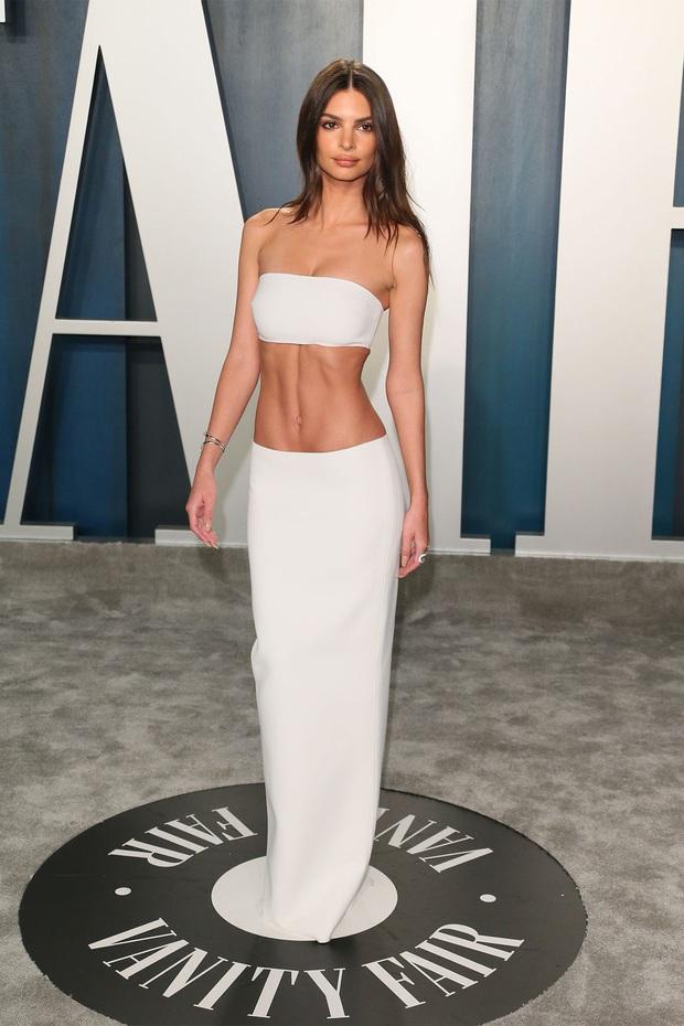 Tiệc hậu Oscar 2020: Chị em Kim ngồn ngộn chiếm trọn spotlight, cả dàn thiên thần Victorias Secret đè bẹp bà xã Justin Bieber - Ảnh 8.