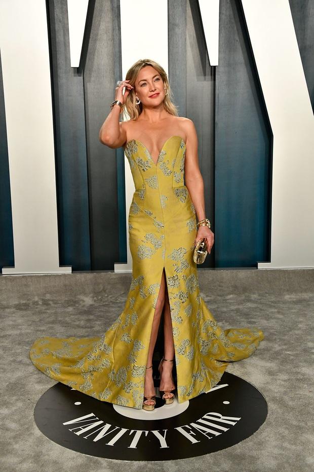 Tiệc hậu Oscar 2020: Chị em Kim ngồn ngộn chiếm trọn spotlight, cả dàn thiên thần Victorias Secret đè bẹp bà xã Justin Bieber - Ảnh 18.