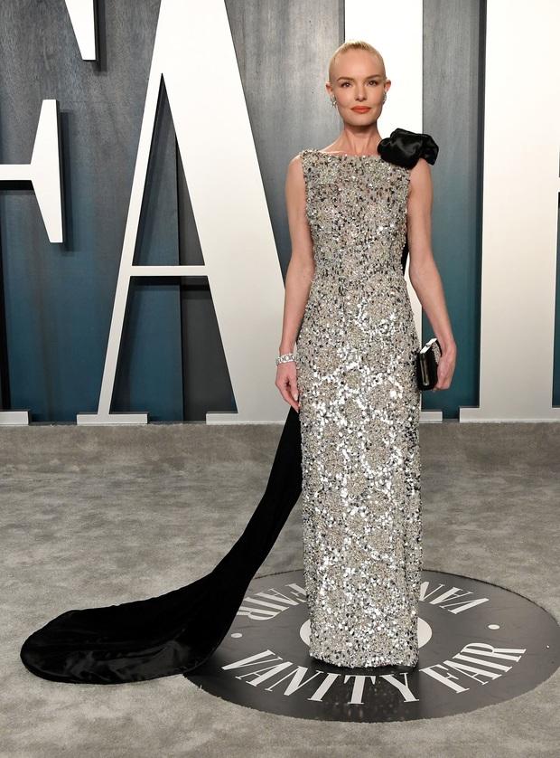 Tiệc hậu Oscar 2020: Chị em Kim ngồn ngộn chiếm trọn spotlight, cả dàn thiên thần Victorias Secret đè bẹp bà xã Justin Bieber - Ảnh 29.
