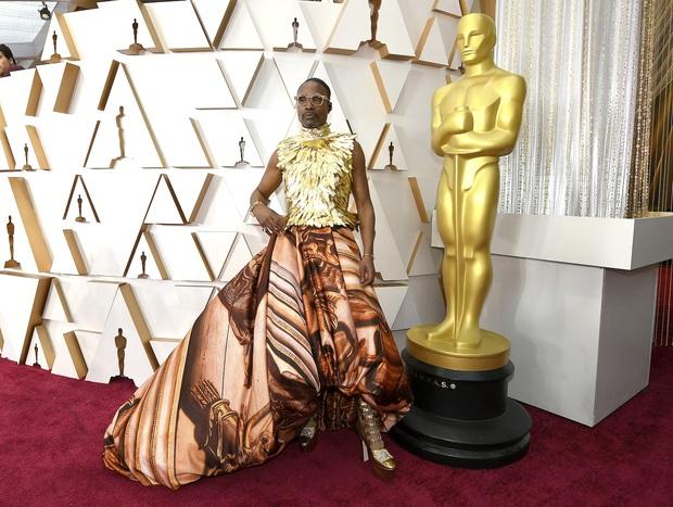 Nhân vật hot nhất Oscar 2020 gọi tên thánh chặt chém Billy Porter: Thế nào mà khiến Billie Eilish phải trố mắt nhìn? - Ảnh 3.