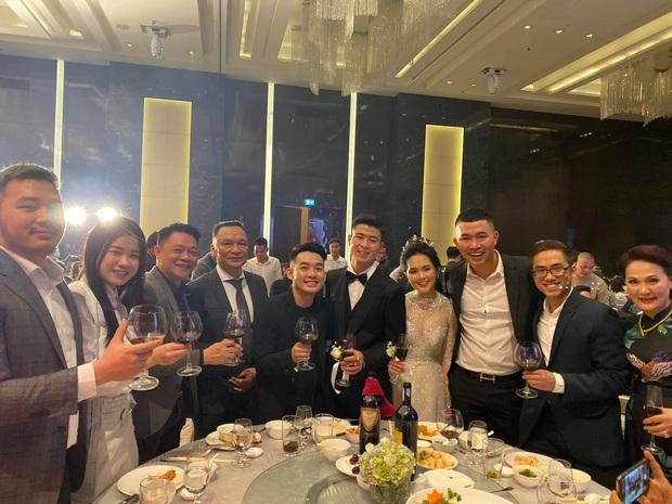 Đám cưới Quỳnh Anh - Duy Mạnh đã xong mà đến giờ khách mời vẫn chưa khoe hết ảnh: Hôn lễ cổ tích nó phải khác! - Ảnh 17.