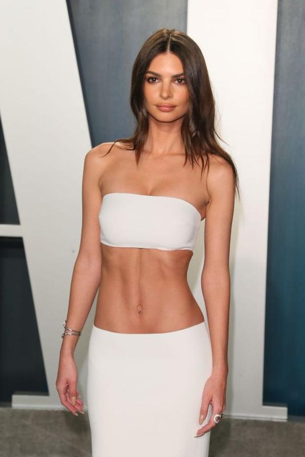Tiệc hậu Oscar 2020: Chị em Kim ngồn ngộn chiếm trọn spotlight, cả dàn thiên thần Victorias Secret đè bẹp bà xã Justin Bieber - Ảnh 9.
