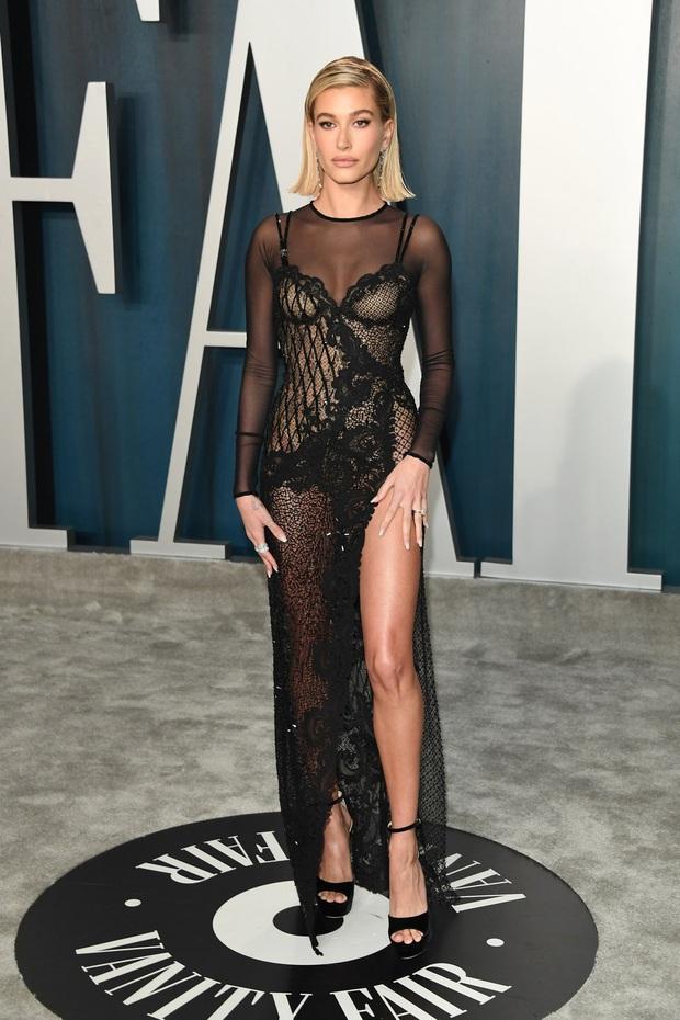 Tiệc hậu Oscar 2020: Chị em Kim ngồn ngộn chiếm trọn spotlight, cả dàn thiên thần Victorias Secret đè bẹp bà xã Justin Bieber - Ảnh 3.