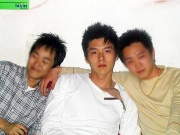 Tranh cãi dàn sao Crash landing on you thời đi học: Anh em Hyun Bin xuất sắc, 2 chị đẹp bị đuổi học, nam phụ dính phốt - Ảnh 3.
