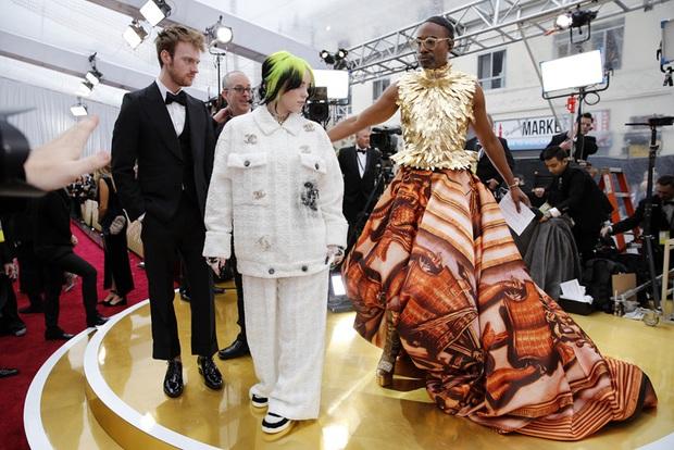 Nhân vật hot nhất Oscar 2020 gọi tên thánh chặt chém Billy Porter: Thế nào mà khiến Billie Eilish phải trố mắt nhìn? - Ảnh 2.