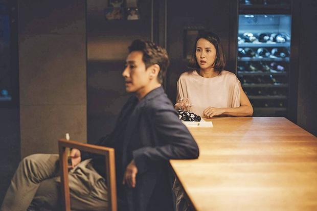 Mỹ nhân Ký sinh trùng Jo Yeo Jeong: Bị bạn trai bỏ vì phim 18+, bố lừa đảo và con đường đến với kỳ tích tượng vàng Oscar - Ảnh 4.