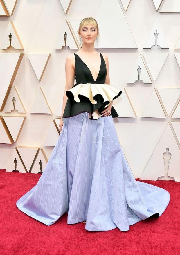 Top mặc đẹp nhất Oscar 2020 toàn gương mặt thân quen, từ nam nhân thích mặc váy đến Billie Eilish, duy có một nhân tố nhỏ tuổi lại gây bất ngờ - Ảnh 12.