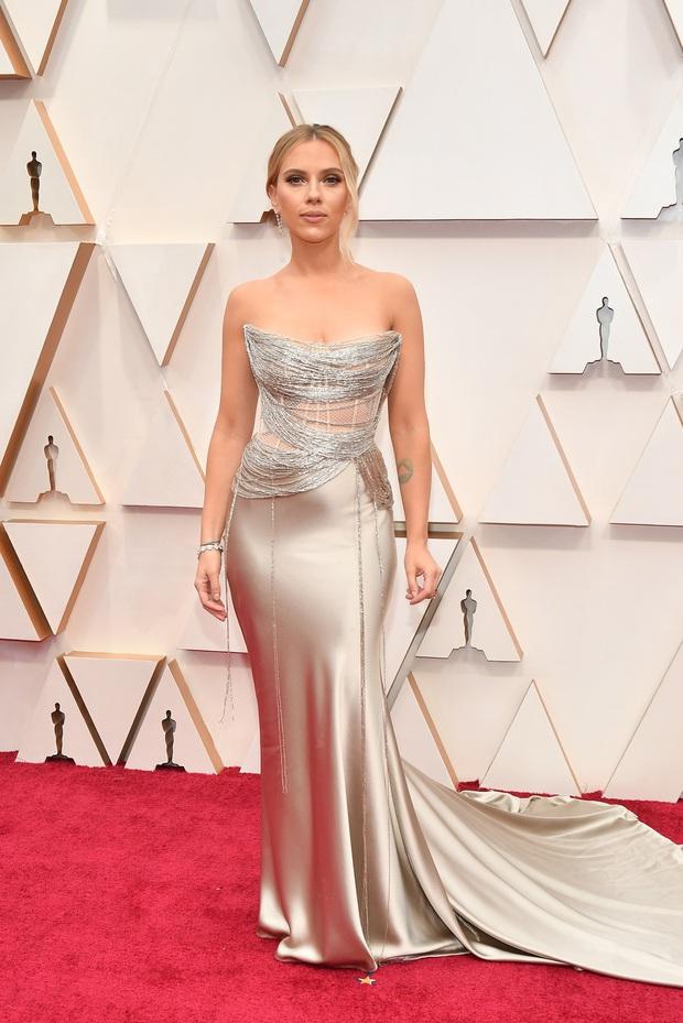 Top mặc đẹp nhất Oscar 2020 toàn gương mặt thân quen, từ nam nhân thích mặc váy đến Billie Eilish, duy có một nhân tố nhỏ tuổi lại gây bất ngờ - Ảnh 11.