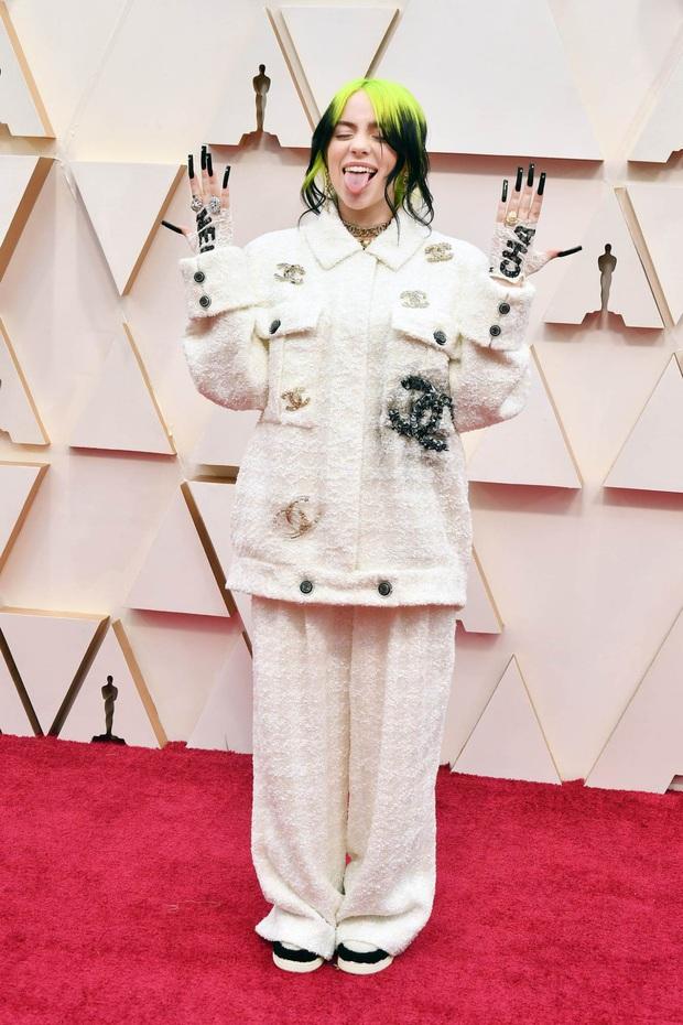 Top mặc đẹp nhất Oscar 2020 toàn gương mặt thân quen, từ nam nhân thích mặc váy đến Billie Eilish, duy có một nhân tố nhỏ tuổi lại gây bất ngờ - Ảnh 3.