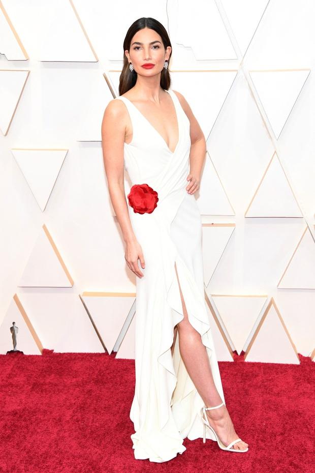 Top mặc đẹp nhất Oscar 2020 toàn gương mặt thân quen, từ nam nhân thích mặc váy đến Billie Eilish, duy có một nhân tố nhỏ tuổi lại gây bất ngờ - Ảnh 7.