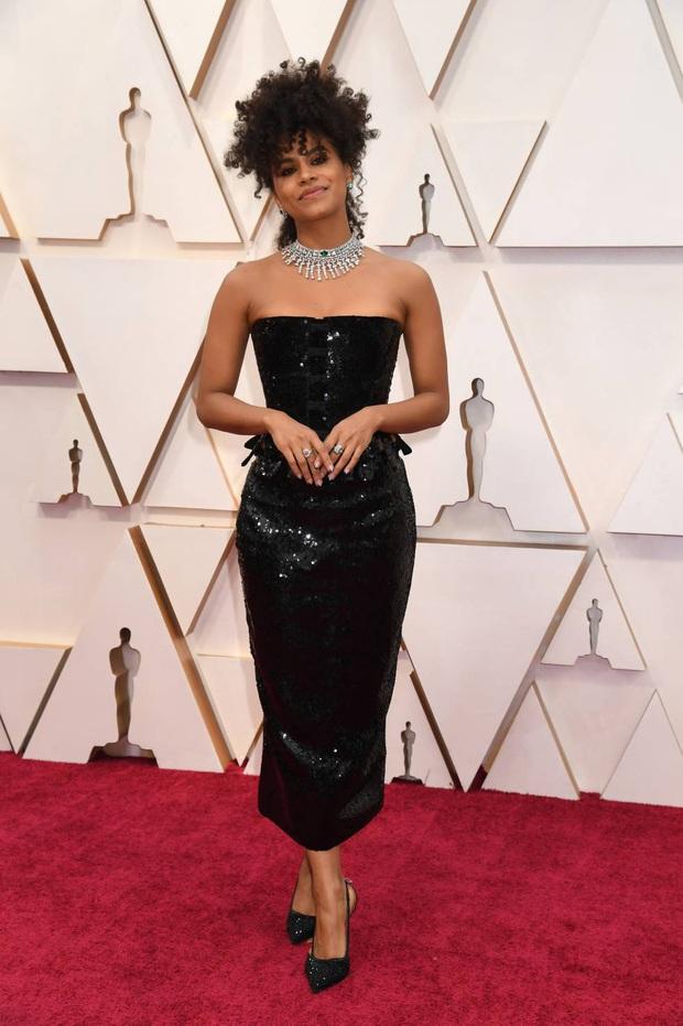 Top mặc đẹp nhất Oscar 2020 toàn gương mặt thân quen, từ nam nhân thích mặc váy đến Billie Eilish, duy có một nhân tố nhỏ tuổi lại gây bất ngờ - Ảnh 8.
