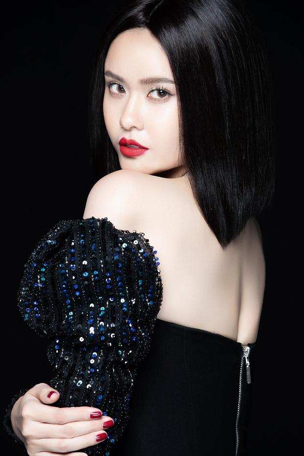 Trương Quỳnh Anh lột xác sexy hậu ly hôn: Diện váy xẻ sâu hun hút khoe trọn ngực đầy, nhan sắc ngày càng thăng hạng - Ảnh 8.