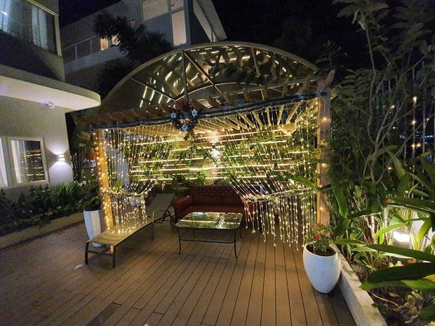 Hoa mắt vì biệt thự mới tậu của dàn sao Việt: Toàn bạc tỷ siêu sang, nhà Ngọc Trinh xa hoa như khách sạn 5 sao - Ảnh 11.