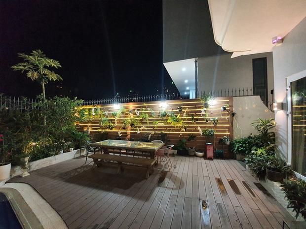Hoa mắt vì biệt thự mới tậu của dàn sao Việt: Toàn bạc tỷ siêu sang, nhà Ngọc Trinh xa hoa như khách sạn 5 sao - Ảnh 12.