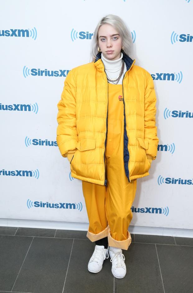 Bất ngờ lý do sau việc thiên tài Grammy Billie Eilish toàn mặc đồ siêu rộng, tưởng đơn giản nhưng lại rất đáng suy ngẫm - Ảnh 5.