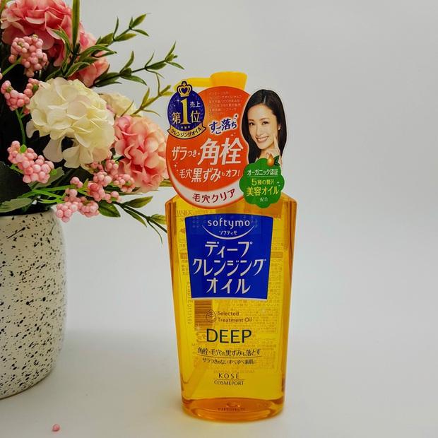 8 món skincare Nhật giá mềm được các cô nàng da đẹp toàn cầu khen tới khen lui, bảo sao bán chạy như tôm tươi trên Amazon - Ảnh 1.