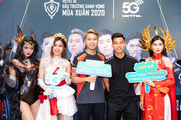 Phỏng vấn độc quyền các cầu thủ ĐTQG Việt Nam: Văn Thanh là siêu cao thủ Liên Quân, Minh Vương và Việt Hưng hóa ra toàn là fan hâm mộ của Team Flash! - Ảnh 7.