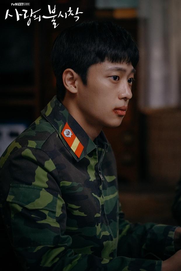 Tranh cãi dàn sao Crash landing on you thời đi học: Anh em Hyun Bin xuất sắc, 2 chị đẹp bị đuổi học, nam phụ dính phốt - Ảnh 15.