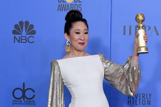 Cái tên Công Trí lại xuất hiện trên thảm đỏ tiệc hậu Oscar, được diện bởi diễn viên Hàn nổi tiếng nhất thế giới - Ảnh 4.