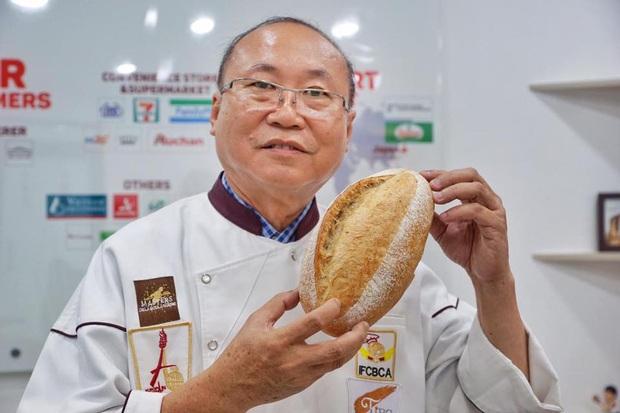 Bánh mì thanh long: món mới chỉ 6k/chiếc - vừa thử đồ lạ lại vừa giúp bà con giải cứu nông sản Việt trong mùa dịch virus corona - Ảnh 2.