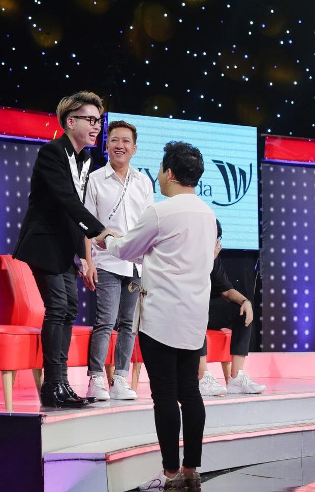 Trấn Thành bị chỉ trích khi mang chuyện Minh Béo lạm dụng trẻ em ra đùa quá trớn - Ảnh 1.