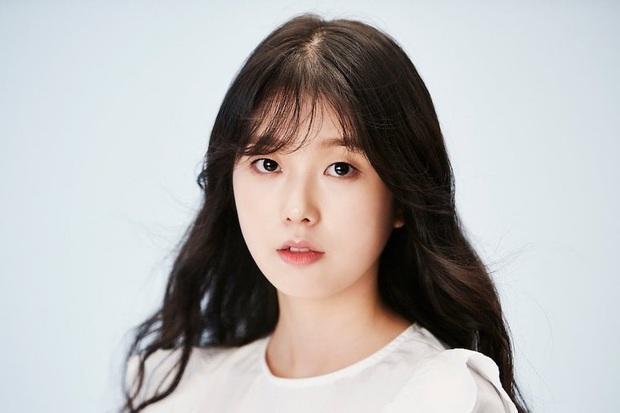 Công bố nguyên nhân nữ diễn viên Goblin Go Soo Jung đột ngột qua đời và thông tin bất ngờ về lễ tang - Ảnh 1.