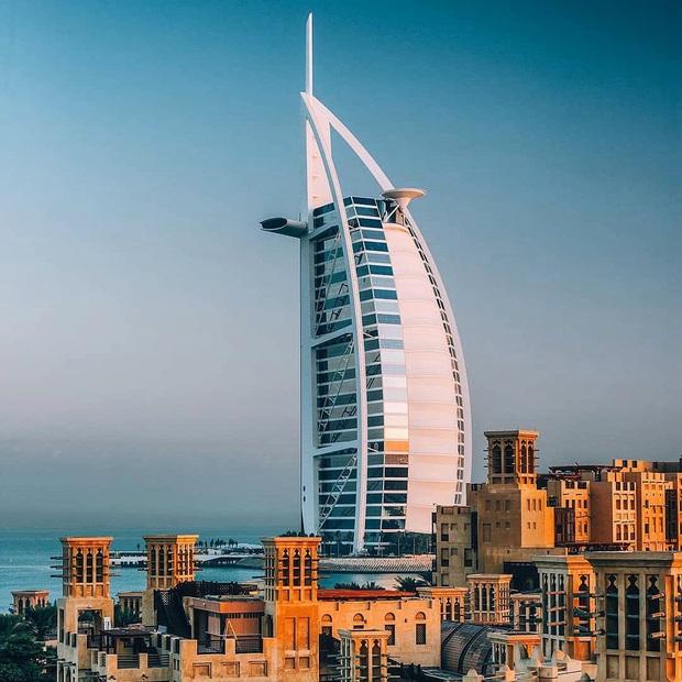 Bên trong khách sạn 7 sao duy nhất thế giới ở Dubai, hoá ra vì quá đẳng cấp nên du khách quốc tế tự gắn thêm cho… 2 sao? - Ảnh 4.