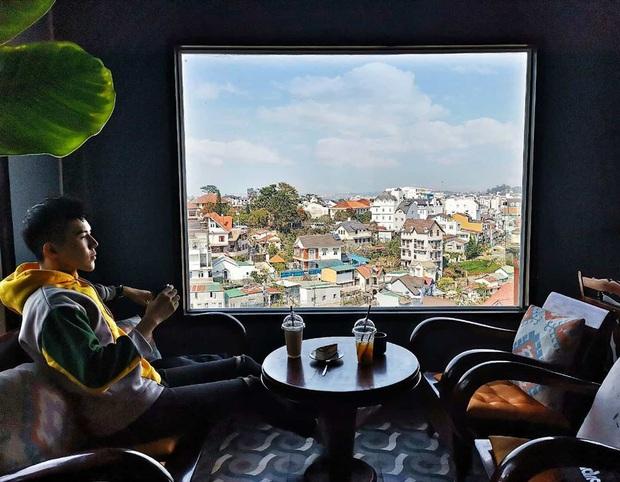 Hơn 10.000 phòng lưu trú tại Đà Lạt bị khách huỷ vì lo sợ dịch virus corona, cả thành phố trở nên vắng vẻ hơn bao giờ hết - Ảnh 6.