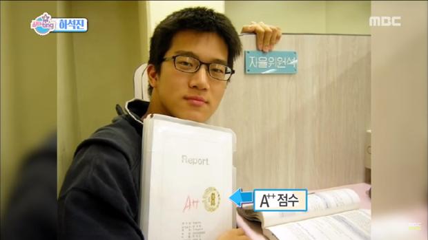 Tranh cãi dàn sao Crash landing on you thời đi học: Anh em Hyun Bin xuất sắc, 2 chị đẹp bị đuổi học, nam phụ dính phốt - Ảnh 7.
