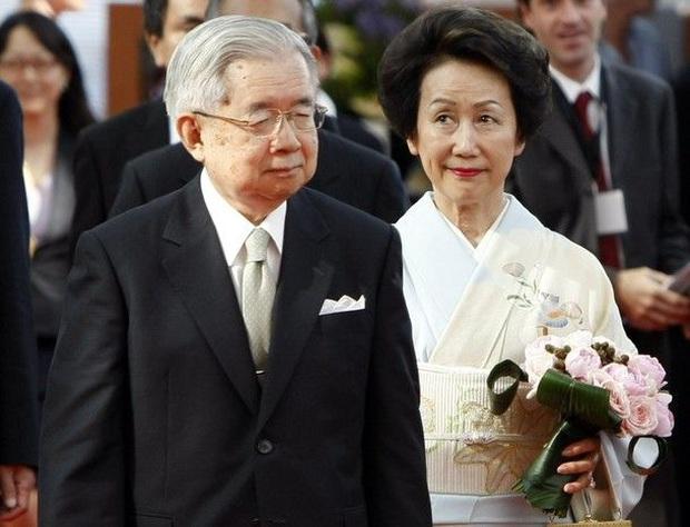 Hoàng tử bé Hisahito đứng thứ 2 trong danh sách kế thừa ngôi báu vì Nhật hoàng Naruhito không có con trai, vị trí thứ 3 ít ai biết tới - Ảnh 3.