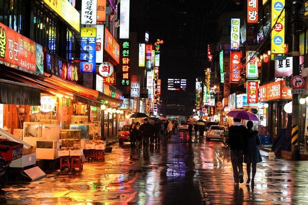 Zoom in khu phố trong phim Itaewon Class của nam thần Park Seo Joon: Là nơi sầm uất nhất Seoul nhưng lại rất ít người Hàn muốn đến đây? - Ảnh 9.