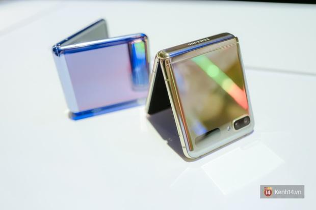 Smartphone có mặt bằng KÍNH nhưng GẬP LẠI được đầu tiên trên thế giới nhìn đẳng cấp cỡ nào? - Ảnh 1.