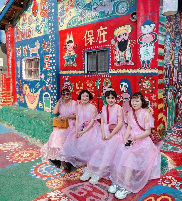Làng Cầu Vồng (Đài Loan): địa điểm du lịch cực đã mắt với gam màu rực rỡ, chụp ảnh lên thì cứ gọi là ảo diệu - Ảnh 7.